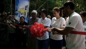 Ribbon Cutting with Tony Maloto, Archie King, and Georgina Wilson