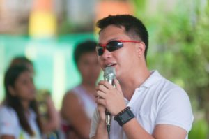 Yours Truly, hosting the show. ikapito ko na to.