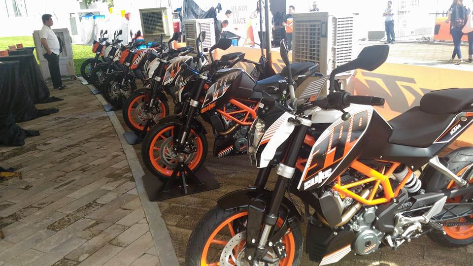 KTM bikes on display. One costs around 270 thousand pesos.